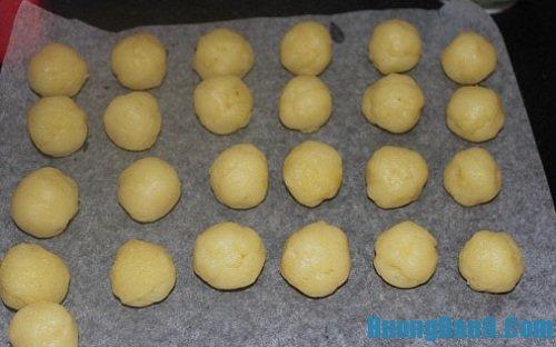 Hướng dẫn cách bước chi tiết thực hiện cách làm bánh tro ngon