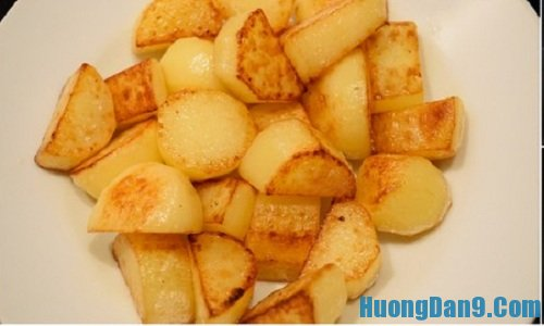 Hướng dẫn chi tiết cách làm sườn heo kho khoai tây