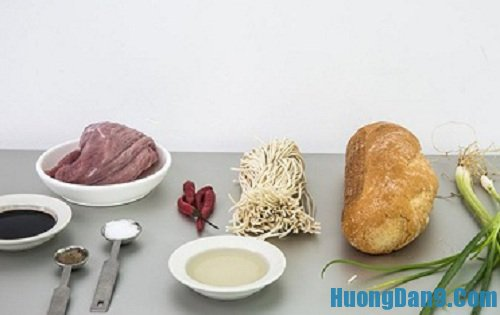 Nguyên liệu chuẩn bị cách làm bánh mì kẹp mì ramen