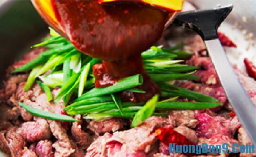Các bước hướng dẫn cách làm thịt bò xào mông cổ
