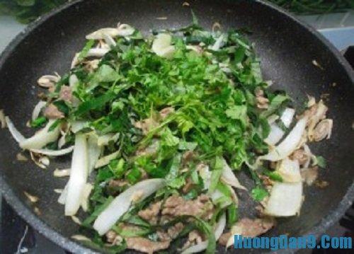 Các bước hướng dẫn cách làm thịt bò xào lá lốt