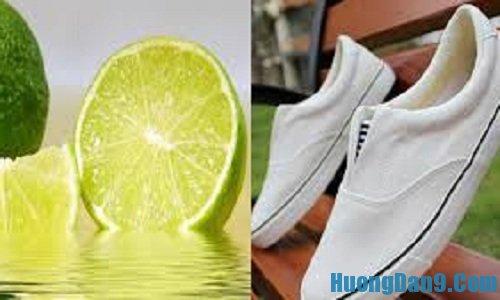 Hướng dẫn cách tẩy vết bẩn cho giày trắng bằng chanh tươi