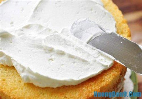 Hướng dẫn làm bánh kem đơn giản, nhanh