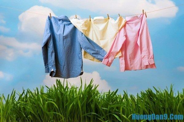 Hướng dẫn cách giặt quần áo không bị hôi vào mùa mưa