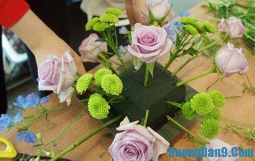 Dạy cách cắm hoa tươi đơn giản