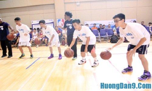 Kỹ thuật đập bóng tại chỗ cơ bản môn bóng rổ