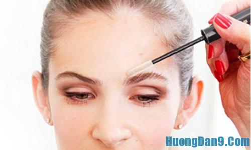 Cách tạo dáng cho lông mày khi trang điểm mắt được lôi cuốn hơn