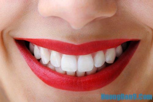 Hướng dẫn cách làm trắng răng