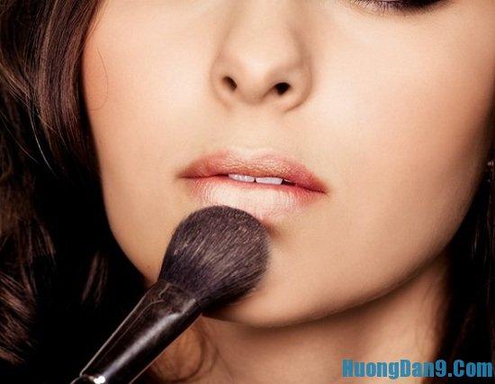 Bí quyết, hướng dẫn cách tô son môi lâu phai và đẹp tự nhiên