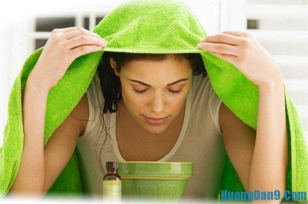 Xông hơi lá trà xanh - Hướng dẫn phương pháp trị mụn dưới da đơn giản mà hiệu quả