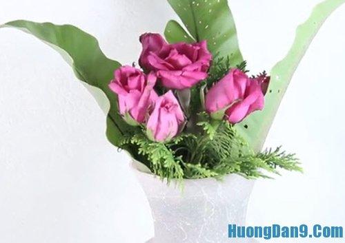 Học cách cắm hoa tươi cơ bản
