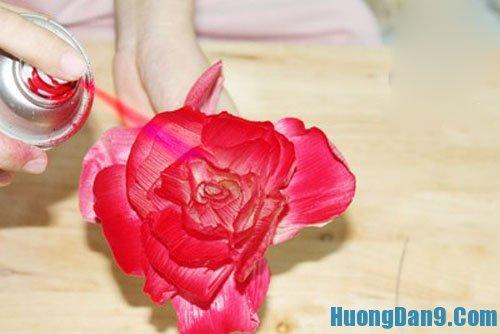 Hướng dẫn làm hoa giả từ vỏ ngô độc đáo