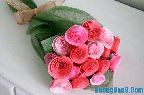 Hướng dẫn làm hoa hồng bằng giấu bìa độc đáo