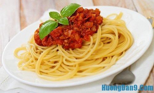 Hướng dẫn cách làm mì ý sốt cà chua thịt bò thơm ngon tại nhà