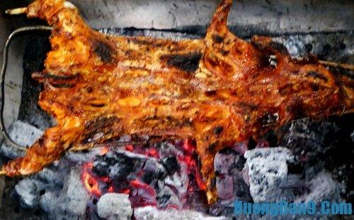 Hướng dẫn chi tiết cách làm thịt thỏ nướng cực thơm ngon cho ngày cuối tuần