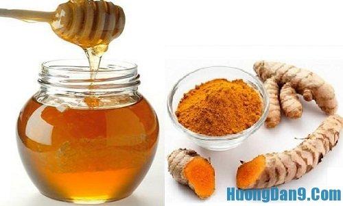 Hướng dẫn cách làm trắng da bằng mật ong và bột nghệ hiệu quả