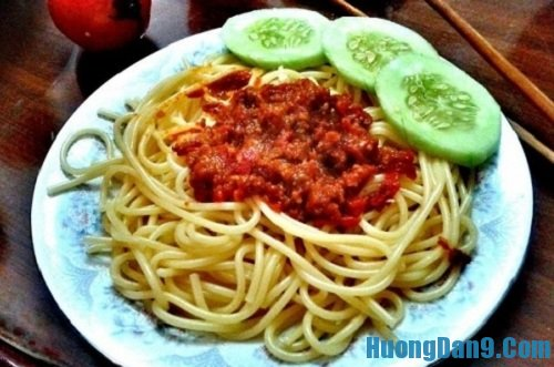 Thành phẩm sau khi thực hiện xong cách làm mì ý sốt cà chua thịt bò thơm ngon