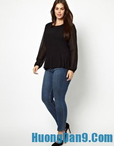 Hướng dẫn cách chọn quần Jeans cho nàng chân to, đùi ếch chuẩn nhất