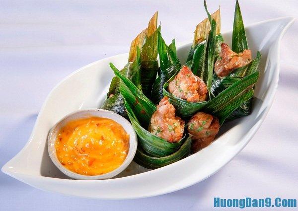 Hướng dẫn chi tiết cách thực hiện món gà gói lá dứa kiểu Thái Lan thơm ngon tại nhà