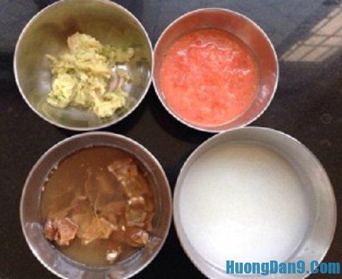 Sơ chế nguyên liệu thực hiện cách làm cà ri trứng gà