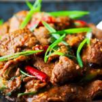 Hướng dẫn cách làm thịt bò xào Mông Cổ cực ngon