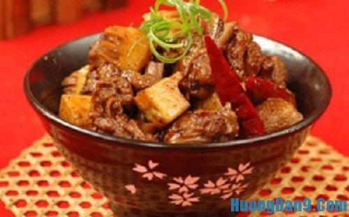 Hướng dẫn cách làm thịt kho măng khô đậm đà hương vị