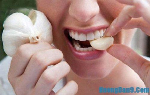 Hướng dẫn cách trị viêm họng hiệu quả bằng tỏi