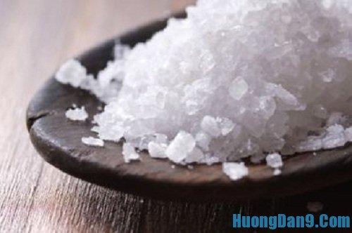 Hướng dẫn cách khử mùi tanh của cá hiệu quả bằng muối