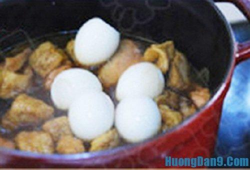 Các bước thực hiện cách làm cà ri gà om trứng đơn giản tại nhà