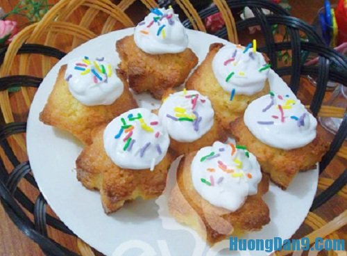 Thành phẩm sau khi thực hiện cách làm bánh cupcake kem tươi