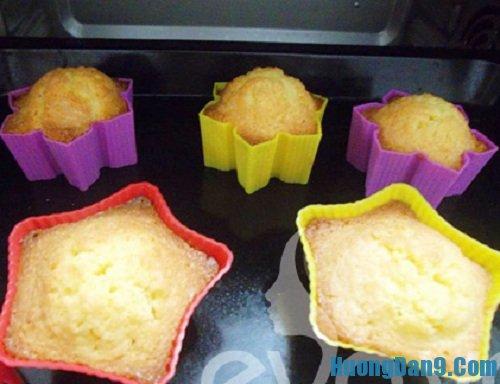 Các bước thực hiện cách làm bánh cupcake kem tươi đơn giản mà ngon