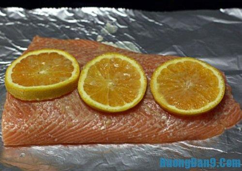 Hướng dẫn chi tiết cách làm cá hồi nướng cam ngon hấp dẫn