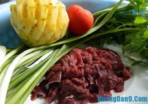 Nguyên liệu chuẩn bị cho cách làm canh thịt bò nấu dứa