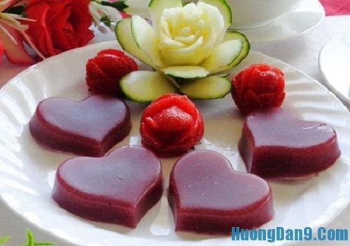 Hướng dẫn cách làm thạch rau câu dâu tây thơm ngon mát lạnh