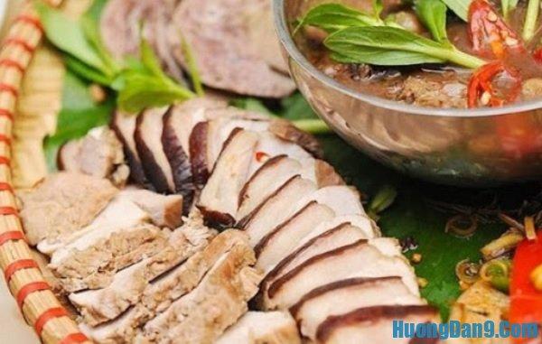 Những món ăn ở Tam Đảo siêu ngon. Lợn mán Tam Đảo